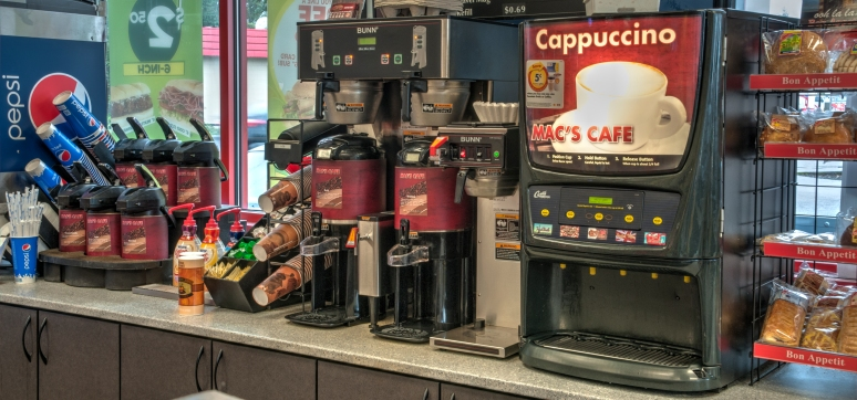 On Location Convenience Store - Commercial Photography
