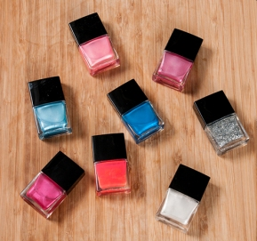 DIY Fingernail Polish - Product Photography